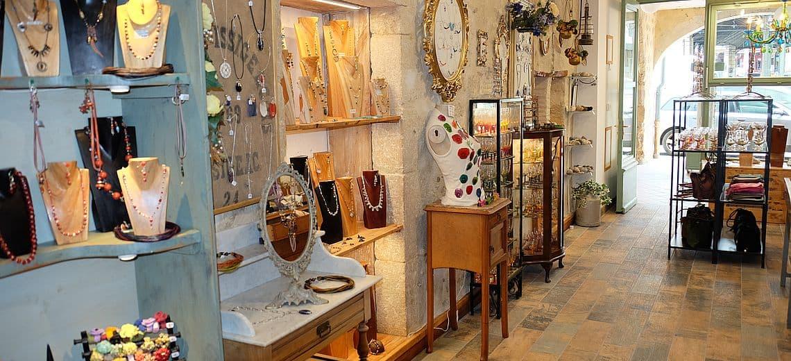 Boutique de créatrice de bijoux artisanaux