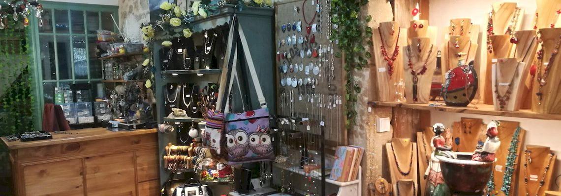 Création de bijoux artisanaux boutique objet deco Marion creation