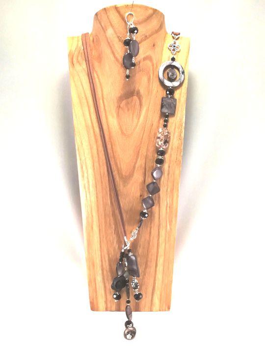 collier-2en1-noir-gris-en-nacre-lave-et-cristal