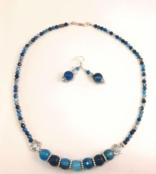 collier-bleu-en-agathe