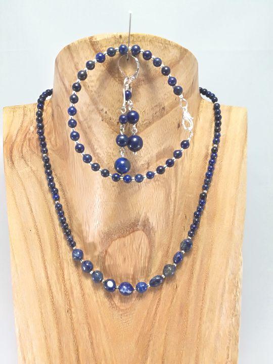 collier bleu en lapis lazuli les cr ations de marion co vente de bijou artisanal de cr atrice. Black Bedroom Furniture Sets. Home Design Ideas