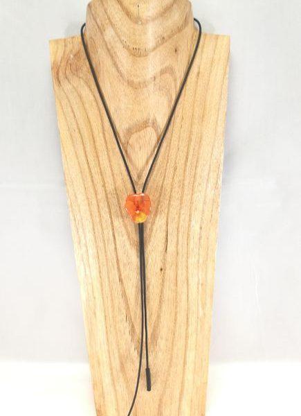 collier-cravate-dune-veritable-pensee-orange-jaune-s