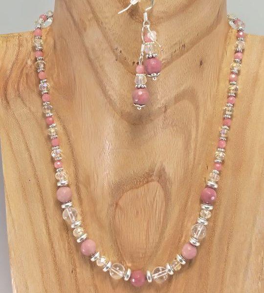collier-en-cristal-de-roche-et-rodochrosite