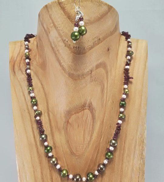 collier-en-grenat-et-perles-de-culture