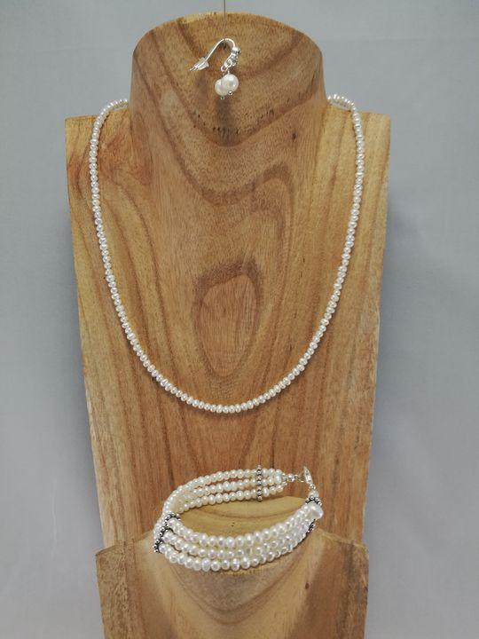collier-en-perle-de-culture-blanche