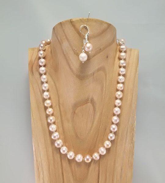 collier-en-perles-de-culture-deau-douce