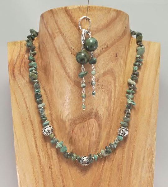 collier-en-turquoise-africaine-veritable