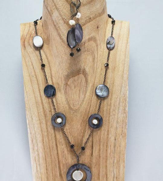 collier-gris-et-blanc-en-nacre-et-perle-de-culture