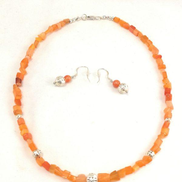 collier-orange-en-nacre