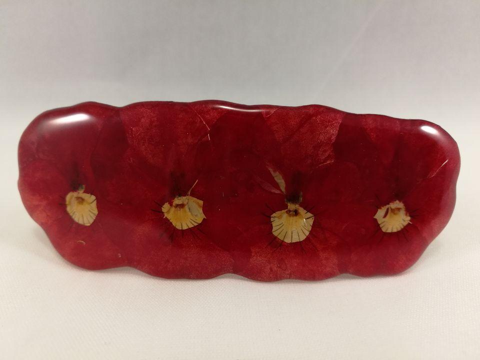 petite-barrette-pensees-rouge-4-fleurs
