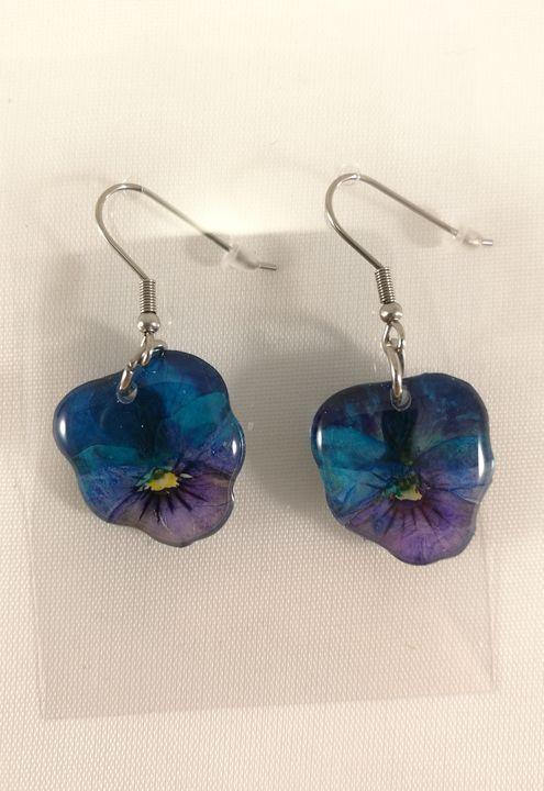 veritable-pensees-bleu-violettes-sertie-boucles-doreilles