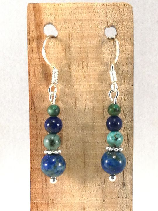boucles-doreilles-bleues-en-lapis-lazuli-et-turquoise-africaine-1-les-creations-de-marion