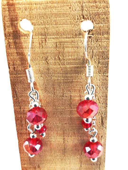 boucles-doreilles-rouges-en-cristal-de-boheme-sur-chaine