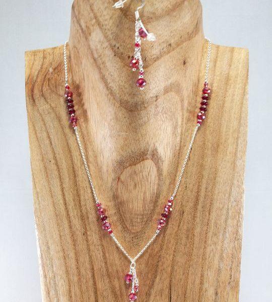 collier-rouge-cristal-de-boheme-sur-chaine-argent