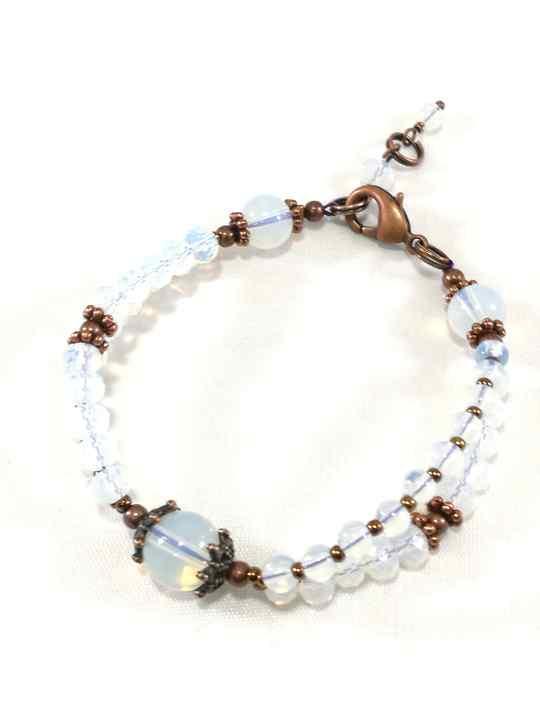 bracelet-blanc-en-opalite-baroque-brtm37