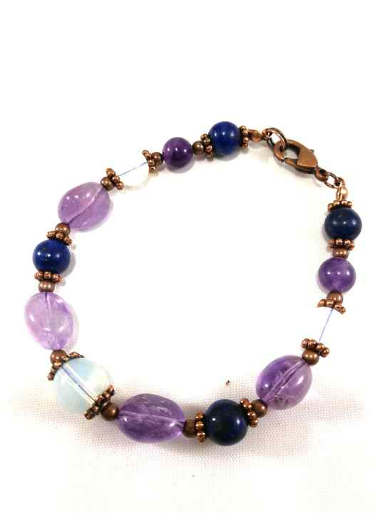 bracelet-bleu-violet-en-lapis-lazuli-et-amethyste-brtm17