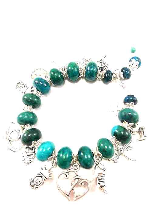 bracelet-turquoise-en-chrysocolle-a-breloques-brtm22