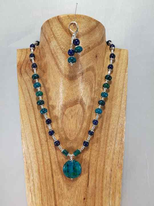 collier-bleu-turquoise-en-chrysocolle-et-lapis-lazuli-2