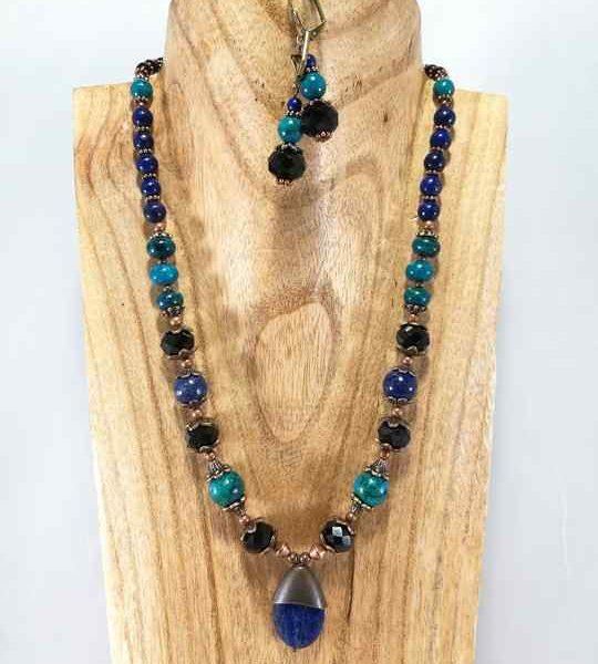 collier-bleu-turquoise-en-lapis-lazuli-et-chrysocolle-14-les-creations-de-marion