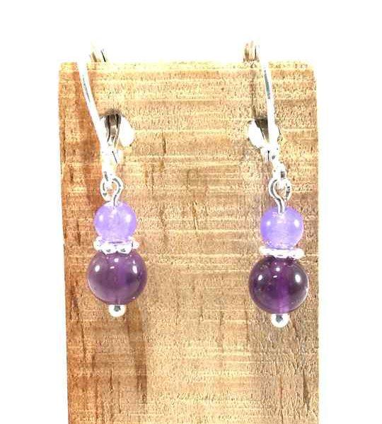 boucles-doreilles-violettes-en-amethyste-et-jade