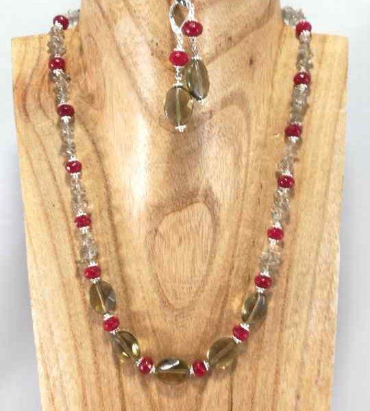 collier-rouge-en-quartz-fume-et-jade