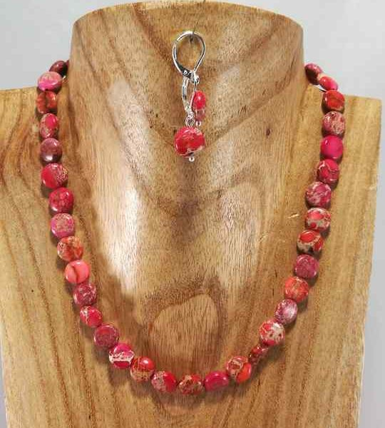 collier-rouge-en-regalite