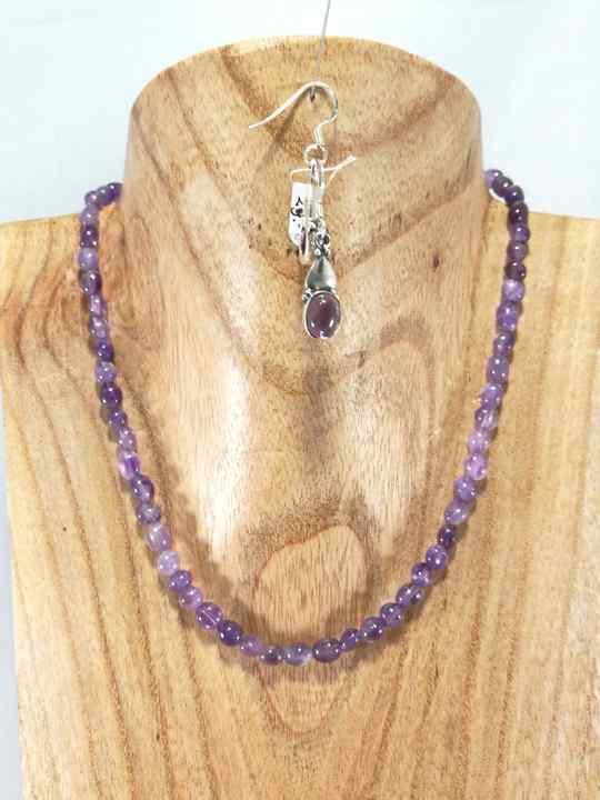 collier-violet-en-amethyste