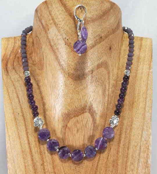 collier-violet-en-amethyste-facette