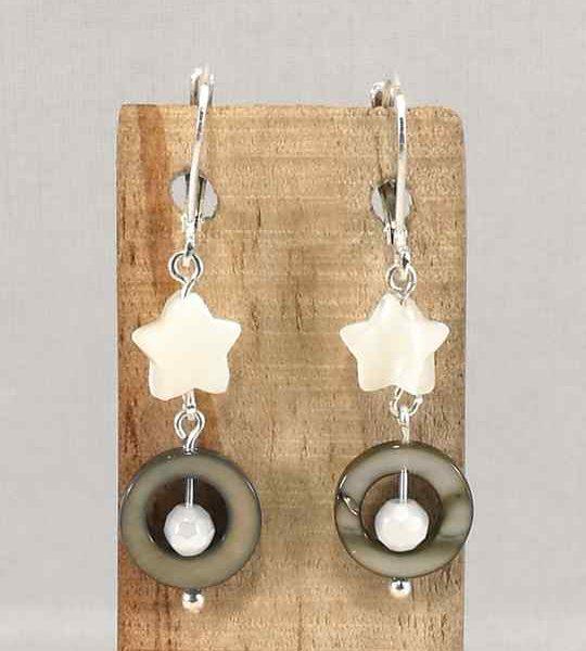 boucles-doreilles-en-argent-et-nacre-grise-et-blanche