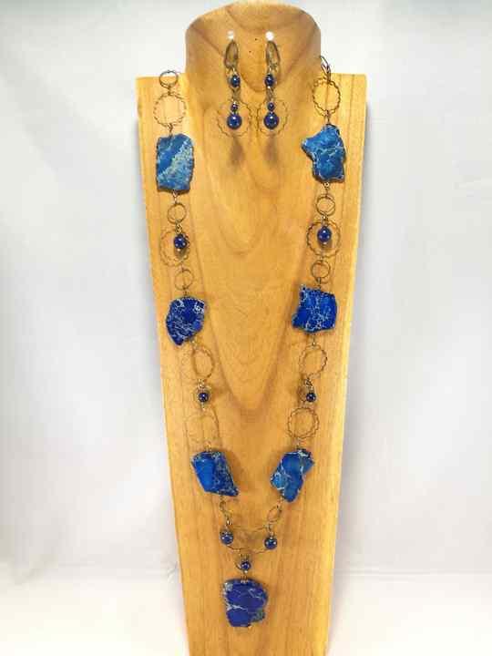 sautoir-bleu-en-regalite-et-lapis-lazuli
