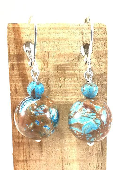 Boucles D Oreilles Bleu Marrons En Agathe Mouchete Les Creations