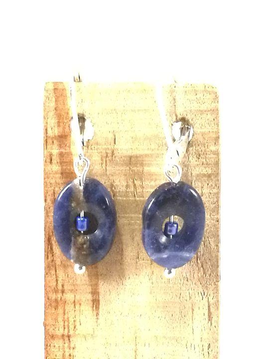 boucles-doreilles-bleues-en-sodalite