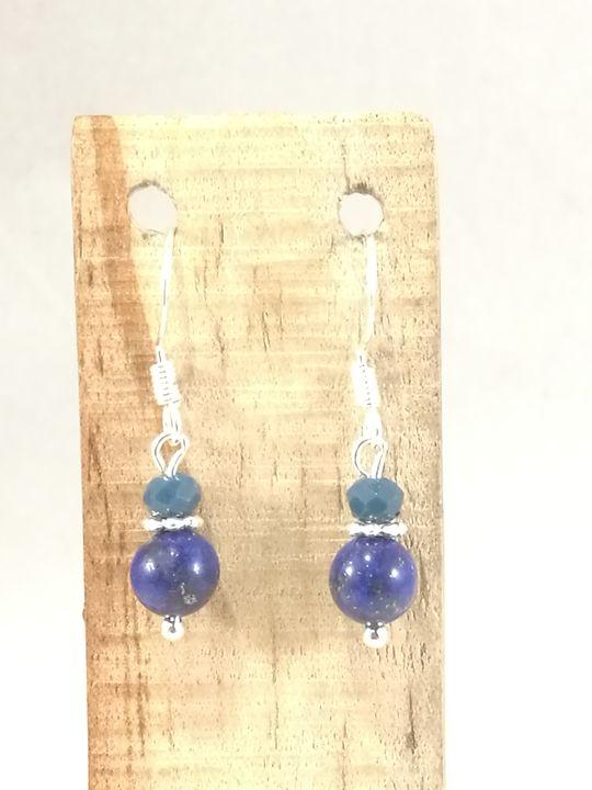 boucles-doreilles-en-lapis-lazuli-et-cristal-de-boheme