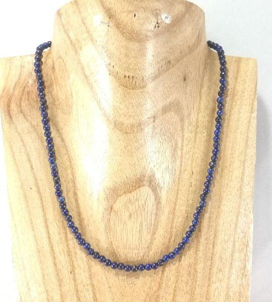 collier-bleu-marine-en-lapis-lazuli-et-ses-b-o-assorties-2