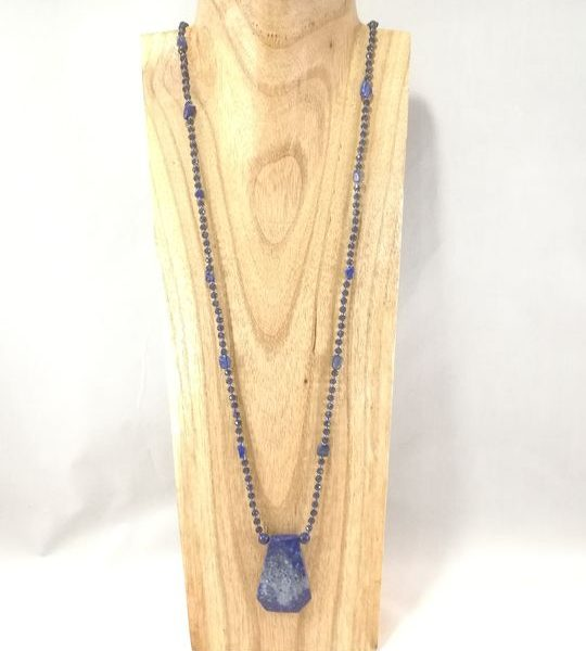 collier-sautoir-bleu-marine-en-lapis-lazuli