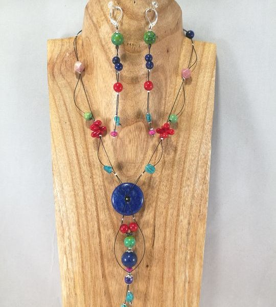 collier-multicolore-7pierres-dont-lapis-lazuli-et-corail