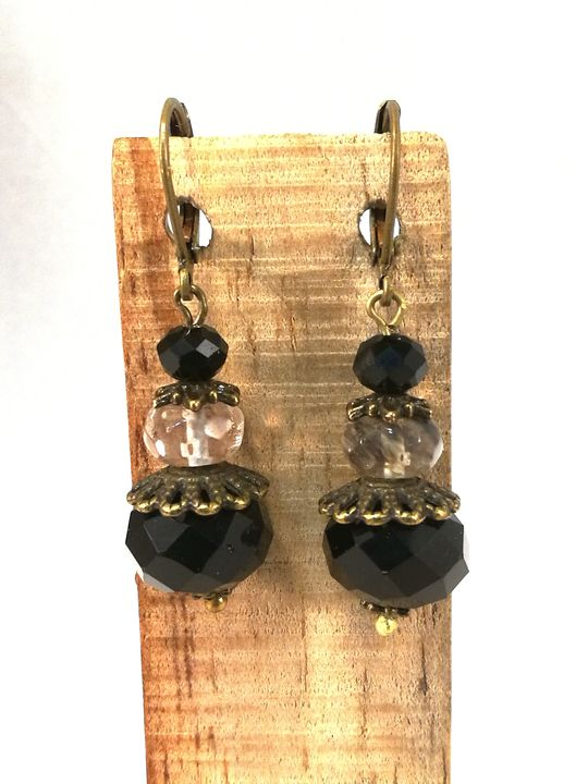 boucles-doreilles-noires-en-quartz-rutil-et-cristal-de-boheme