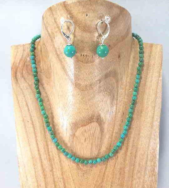 collier-vert-turquoise-en-howlite