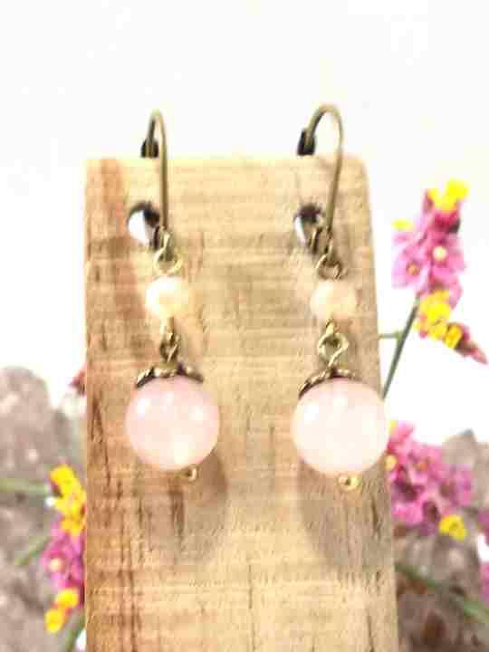 boucles-doreilles-roses-en-quartz-rose-2