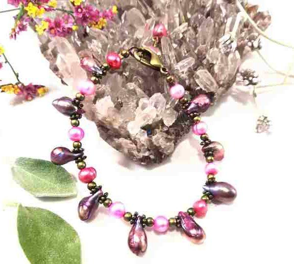 bracelet-rose-fuchsia-en-perles-de-culture