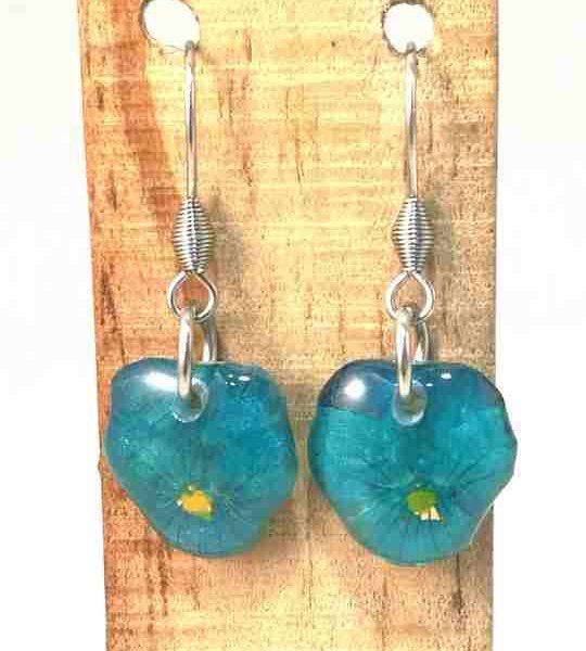 veritables-pensees-bleu-marine-turquoises-serties-en-boucles-doreilles