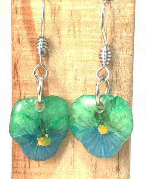 veritables-pensees-vert-turquoises-serties-en-boucles-doreilles