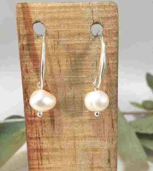 boucles-doreilles-courte-en-perles-de-culture