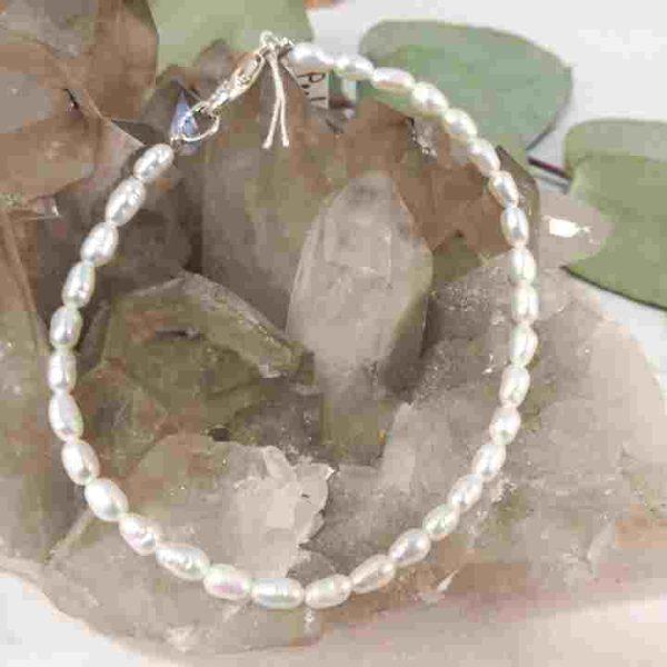 bracelet-en-perles-de-culture-riz