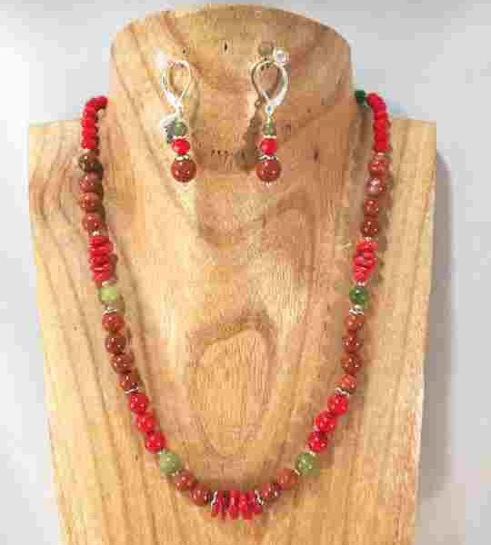 collier-rouge-en-corail-jaspe-et-jade